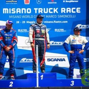 Italia_podium_sabado